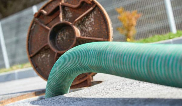 commercial-sewer-cleaning